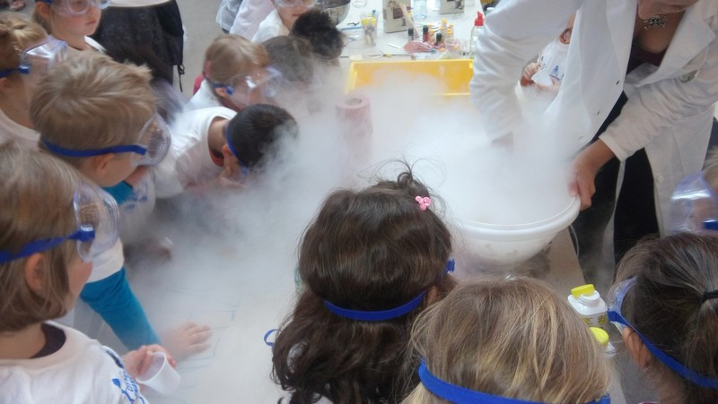 Enota Mehurček: Laboratorij otroške vedoželjnosti